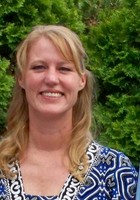 A photo of Kim who is one of our St. Louis Phonics tutors