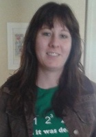 A photo of Chelsey who is one of our Phoenix Middle School Math tutors