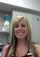 A photo of Lauren who is one of our Phoenix Social studies tutors