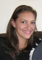 A photo of Caitlin who is one of our Spanish tutors