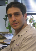 A photo of Michael who is one of our Chicago Microbiology tutors