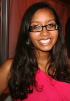A photo of Nina who is one of our New York City SAT Writing tutors