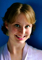 A photo of Caroline who is one of our Los Angeles ACT Writing tutors
