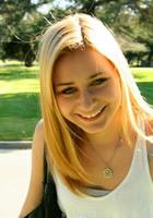 A photo of Gabrielle who is one of our Los Angeles ACT Writing tutors