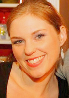A photo of Lauren who is one of our Houston English tutors
