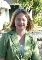 A photo of Suzanne who is one of our Tucson SAT tutors
