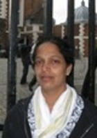A photo of Viji who is one of our Dallas Fort Worth Biology tutors