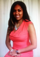 A photo of KaDerrah who is one of our New York City Phonics tutors
