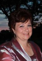 A photo of Arlene who is one of our tutors in Philadelphia, PA