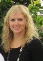 A photo of Michelle who is one of our Phoenix Phonics tutors