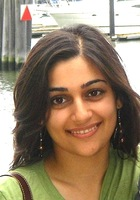 A photo of Nida who is one of our Austin Writing tutors