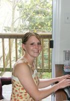 A photo of Chelci who is one of our St. Louis Writing tutors