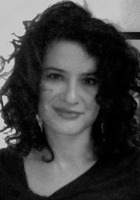 A photo of Sima who is one of our SAT Writing tutors in New York City, NY