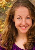 A photo of Hannah who is one of our English tutors in Chicago, IL