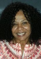 A photo of Chnequa who is one of our English tutors in Dallas Fort Worth, TX