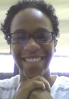 A photo of Vennece who is one of our Biology tutors in Washington DC