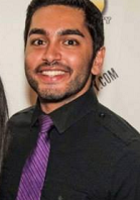A photo of Sumit who is one of our Physiology tutors