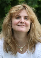 A photo of Suzanne who is one of our Phonics tutors